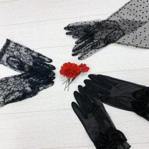 黒のレースグローブ(手袋)の画像。着物にもあう