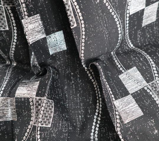 ジュニア・小学生用袴単品No.11|黒 銀の四角・立涌 対応身長 /160〜165cm