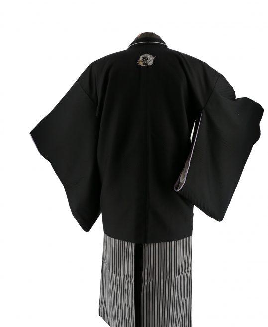 ジュニア・小学生用紋付袴No.17|黒 市松光沢 龍刺繍紋対応身長 /155〜160cm