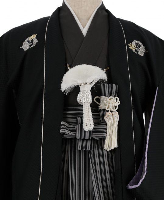 ジュニア・小学生用紋付袴No.17|黒 市松光沢 龍刺繍紋 対応身長 /155〜160cm