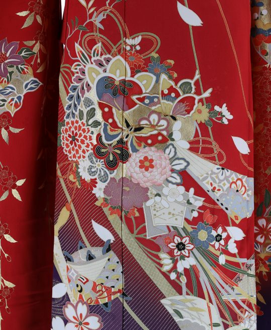 成人式振袖[レトロ古典][王道]赤に金箔の花と蝶[身長157cmまで]No.417