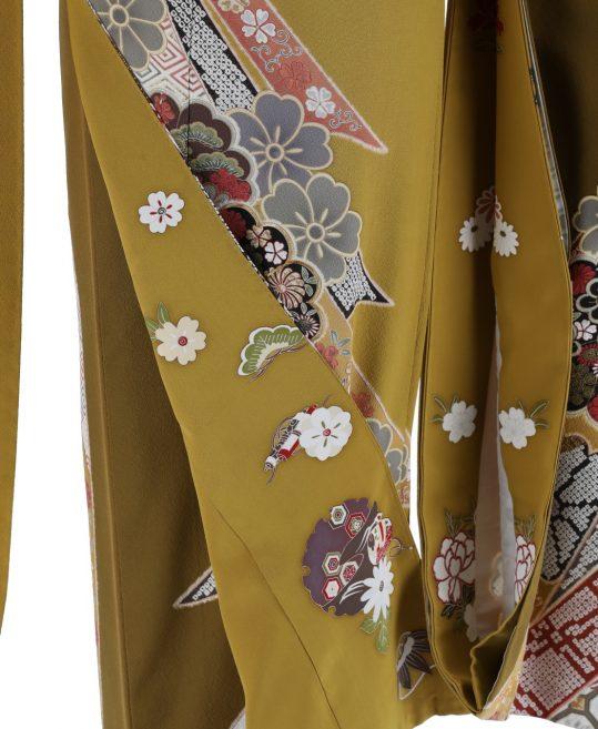 振袖[レトロガーリー]カラシ・熨斗菊絞り風[156cmまで]