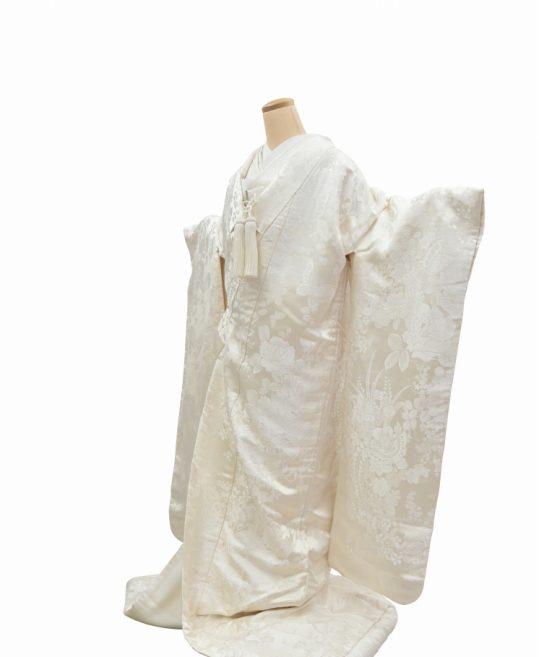 結婚式の白無垢・花嫁用着物|蝶とバラに花々 [かわいい] No.322